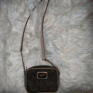 Michael Kots cross body bag